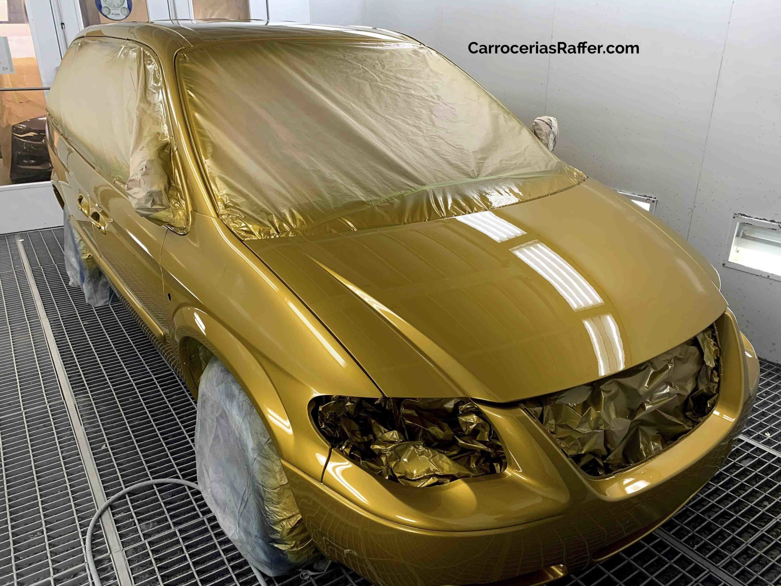 00010 chrysler voyager amarillo curcuma carrocerias raffer pintar furgoneta hernani gipuzkoa donostia san sebastian copia